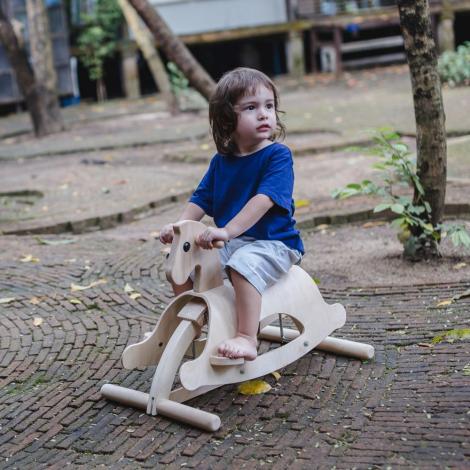 Cheval de course à bascule - Lusitano - à partir de 2 ans