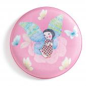 Frisbee - Flying girl