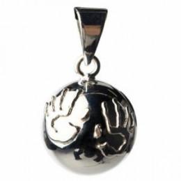 Zilveren Bola met handen